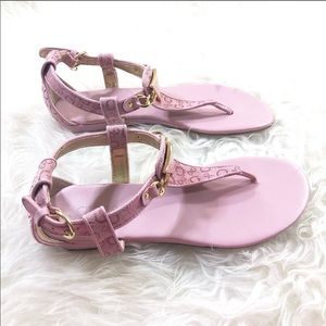 03cdf71da Women s Guess Sandals On Sale on Poshmark
